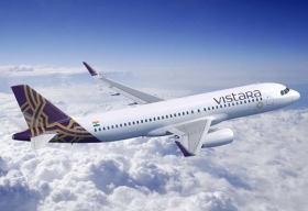 Mumbai Airport and Vistara launch mobile phone boarding pass