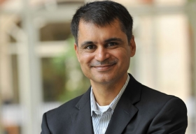 Challenges in Operationalizing  Big Data@