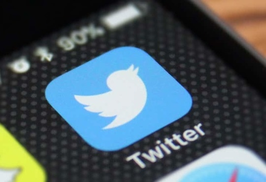 Twitter buys news technology company Scroll