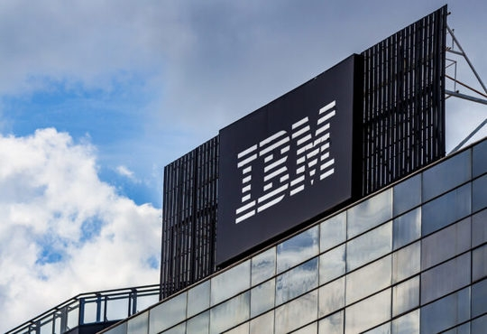 IBM reveals world's first 2 nanometer chip technology