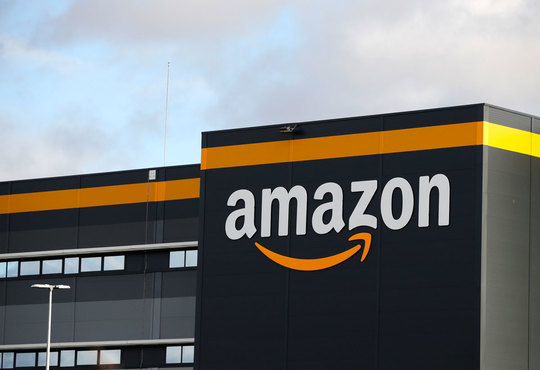 Amazon associates with Indian EV firms for its last-mile delivery fleet